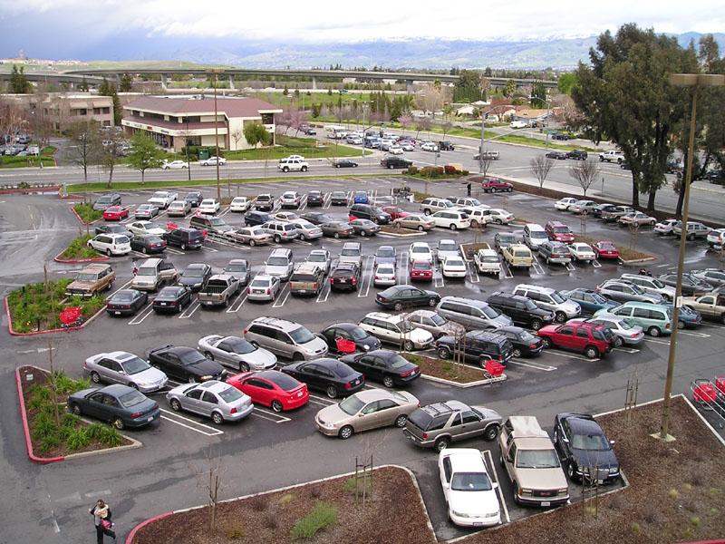 Parkowanie samochodu ukosem