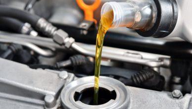 wymiana oleju samochodowego