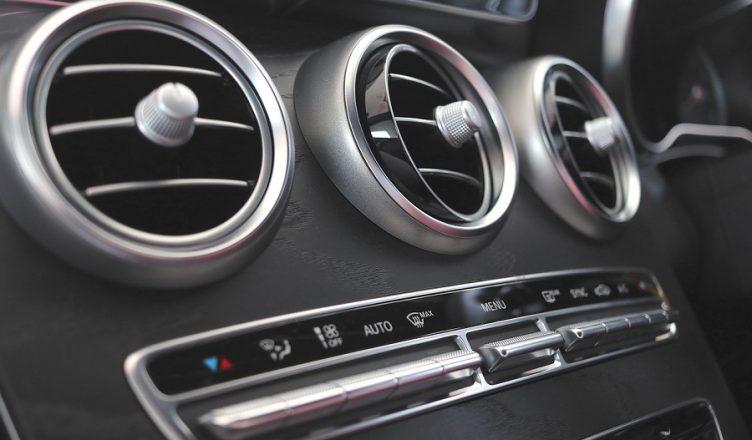 klimatyzacja w samochodzie zimą
