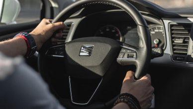 drgania kierownicy przy hamowaniu